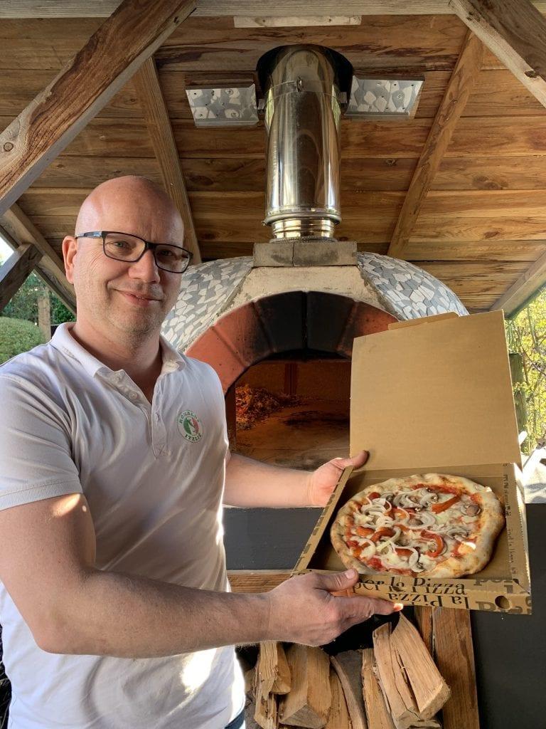 Pizza bakken doe je zo
