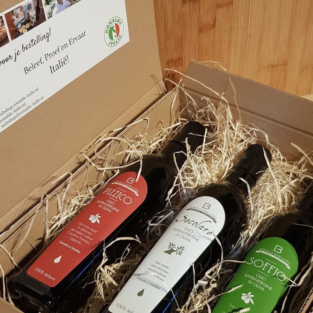 Extra Vergine olijfolie pakket met olijfolie uit Puglia