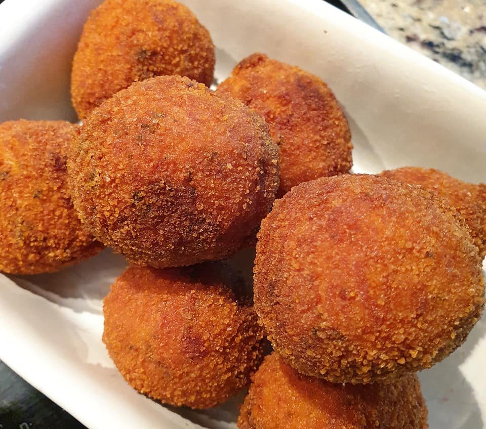 arancini streedfood uit Sicilie